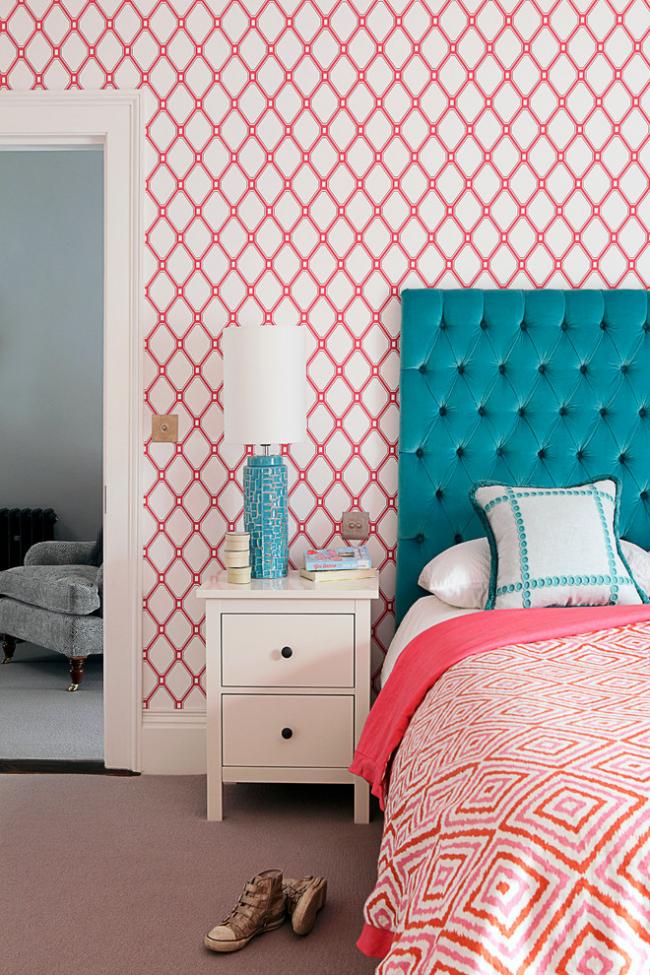 Фуксія, фрез і суничний: 70+ трендових кольорів шпалер у рожевій гаммі
