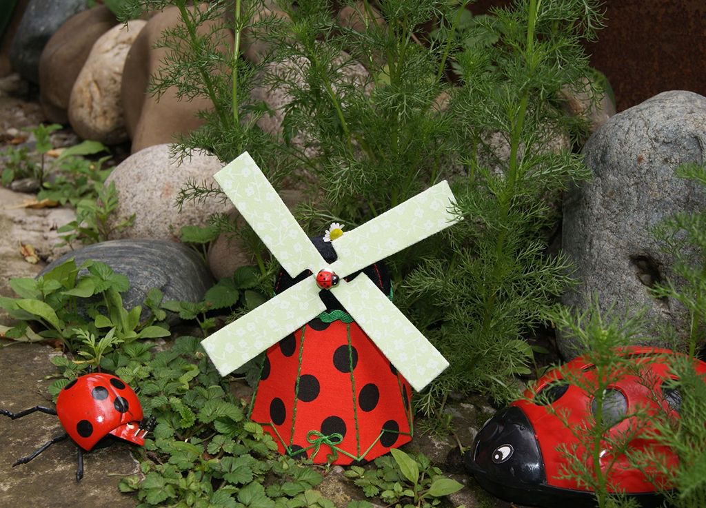 Сад без проблем: робимо декоративну млин своїми руками
