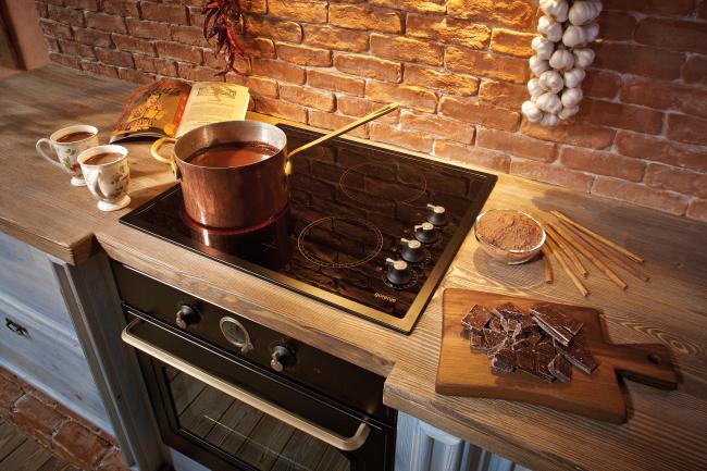 Технології на варті смаку: що краще — індукційна або електрична варильна панель?