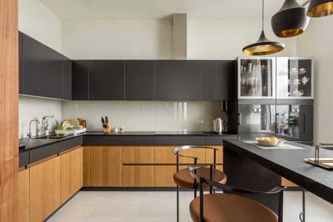 Кухні з масиву дерева: поради щодо вибору та огляд кращих виробників від Leicht до Haecker