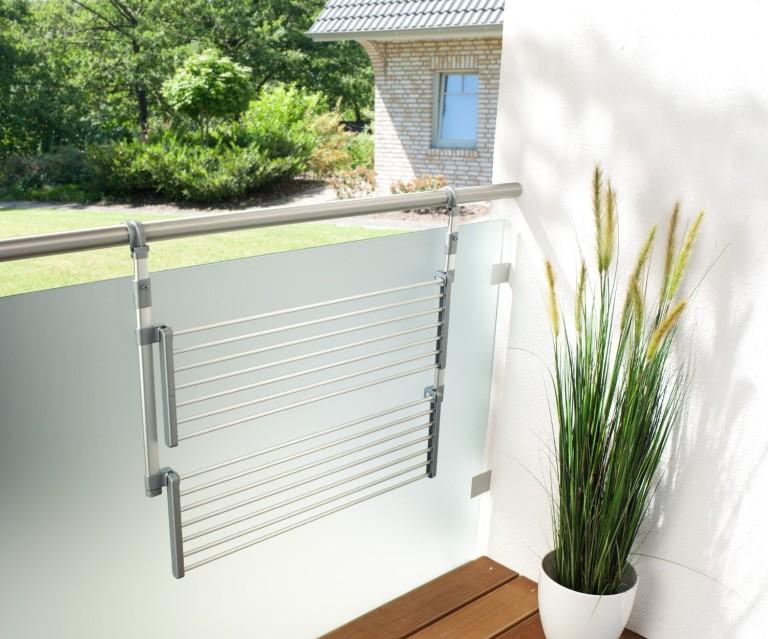 Ліана для сушіння білизни на балконі: огляд конструкцій і варіанти установки