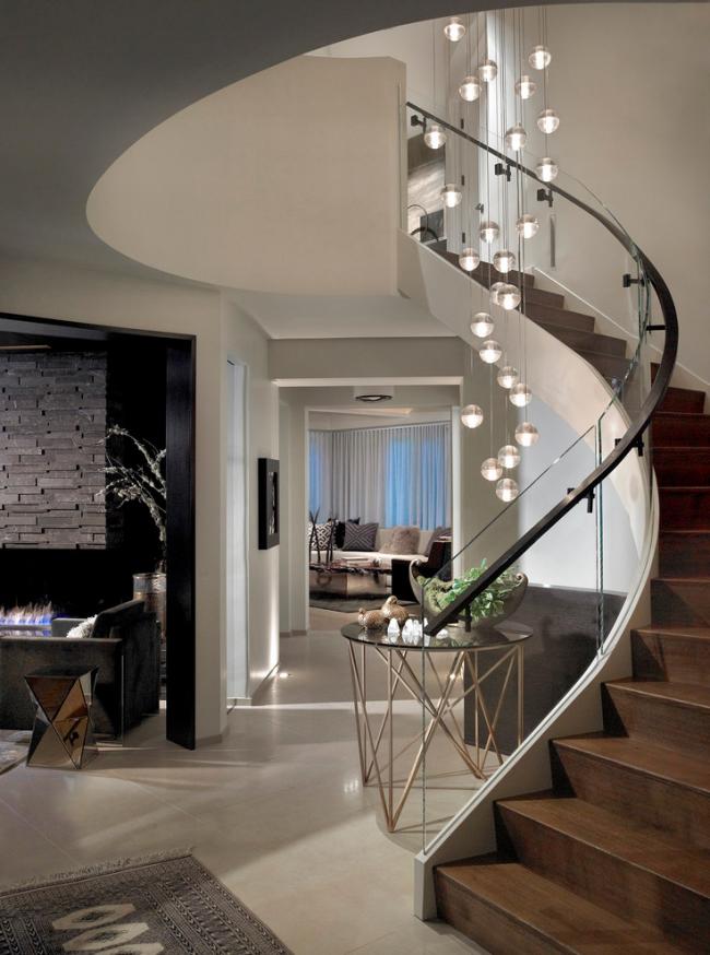 Оздоблення сходів в приватному будинку: 60+ розкішних ідей декору, покриттів і облицювання