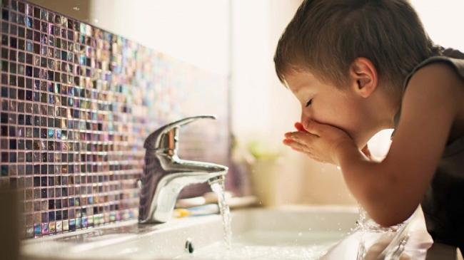 Аналіз води зі свердловини: типи показників, етапи проведення та вартість