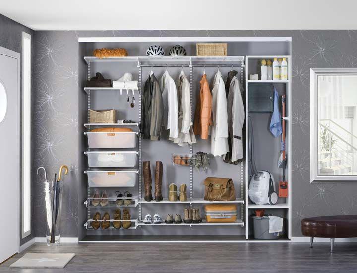 Для тих, хто завжди з голочки: кращі варіанти систем зберігання для гардеробної