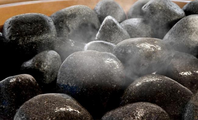 Талькохлорит для лазні: сфери застосування, властивості і плюси-мінуси цього каменю