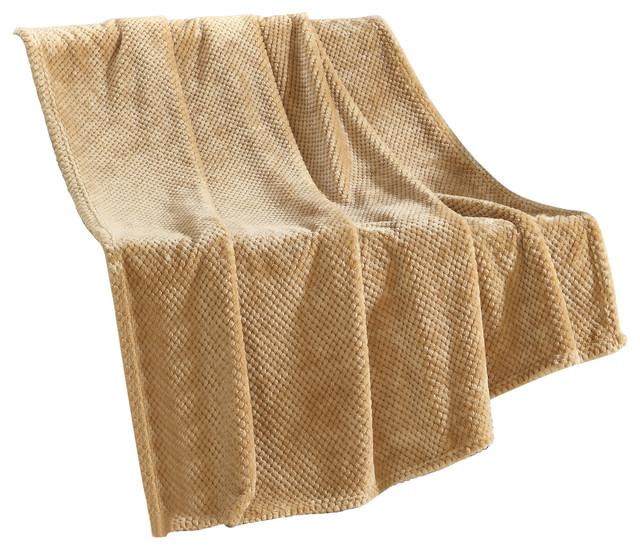 Верблюже ковдру: плюси-мінуси вироби і як відрізнити справжнє від підробки?